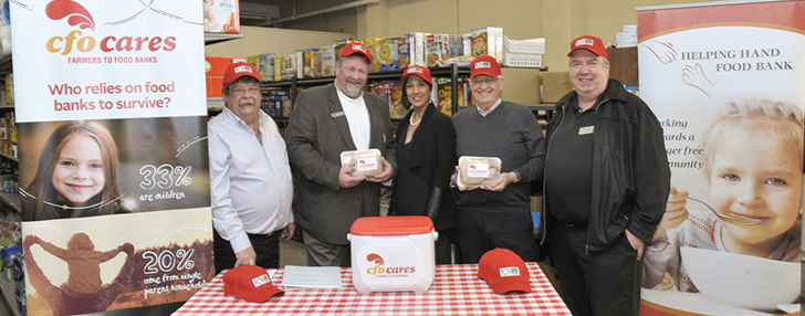 Minister Hardeman & local chicken farmers deliver fresh chicken to food bank