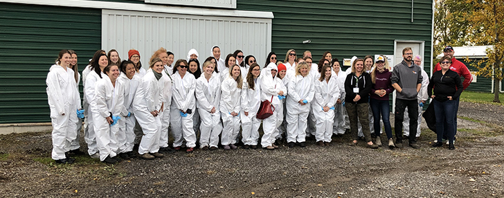 Registered Dieticians visit local chicken barn to learn about Canadian chicken farming