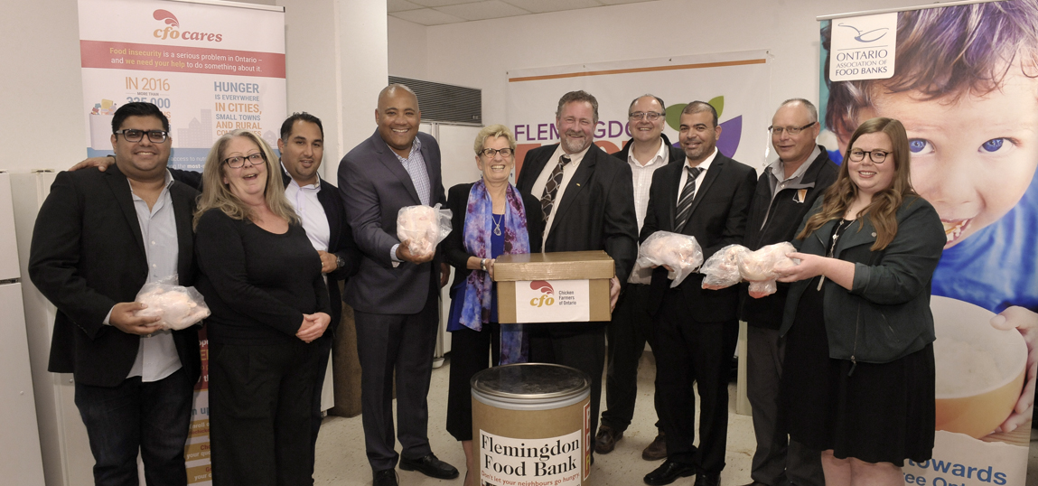Premier Kathleen Wynne and Minister Michael Coteau Join CFO to Support Don Mills Food Bank